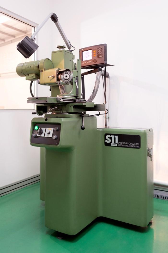 Universal-grinder
